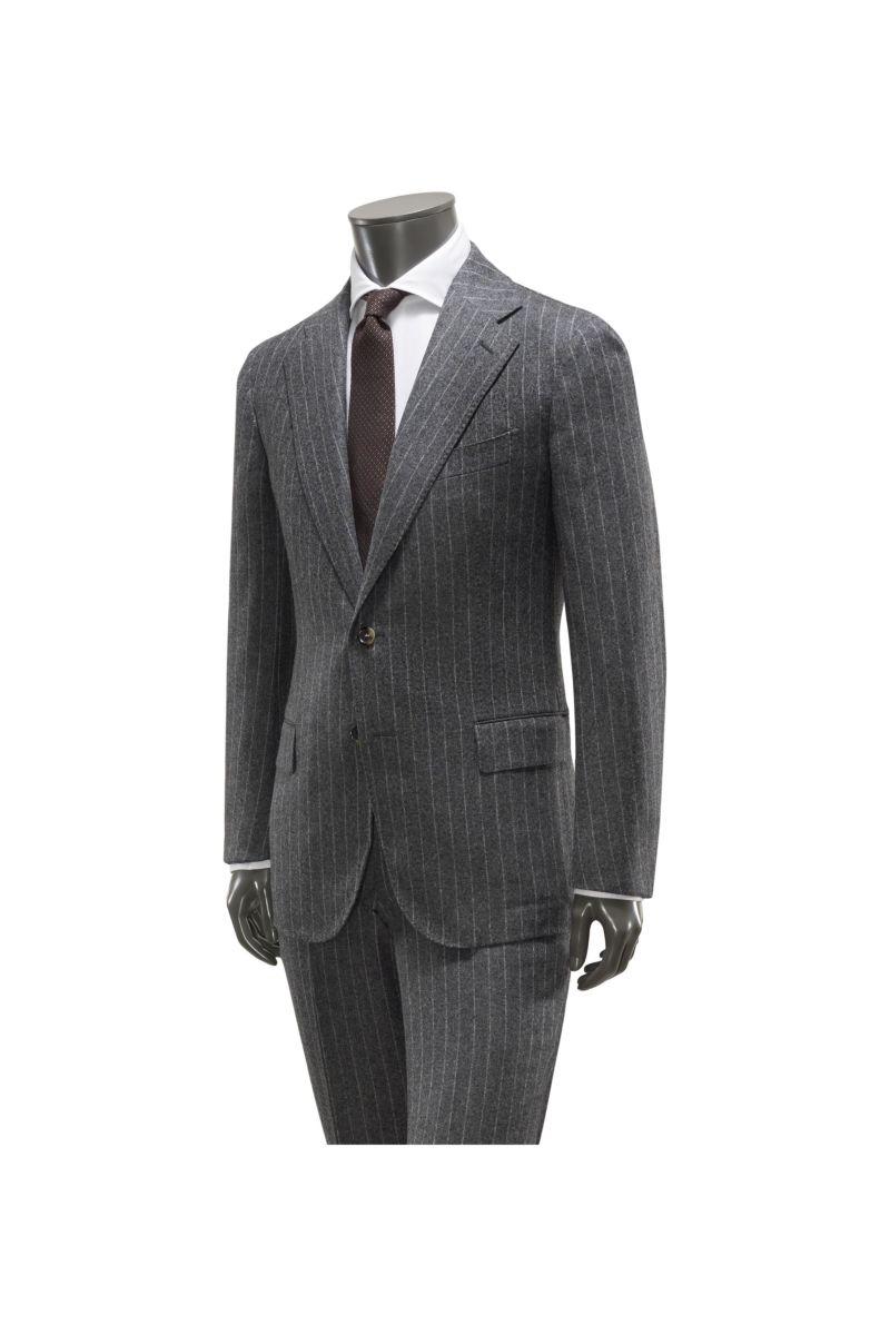 Anzug grau gestreift